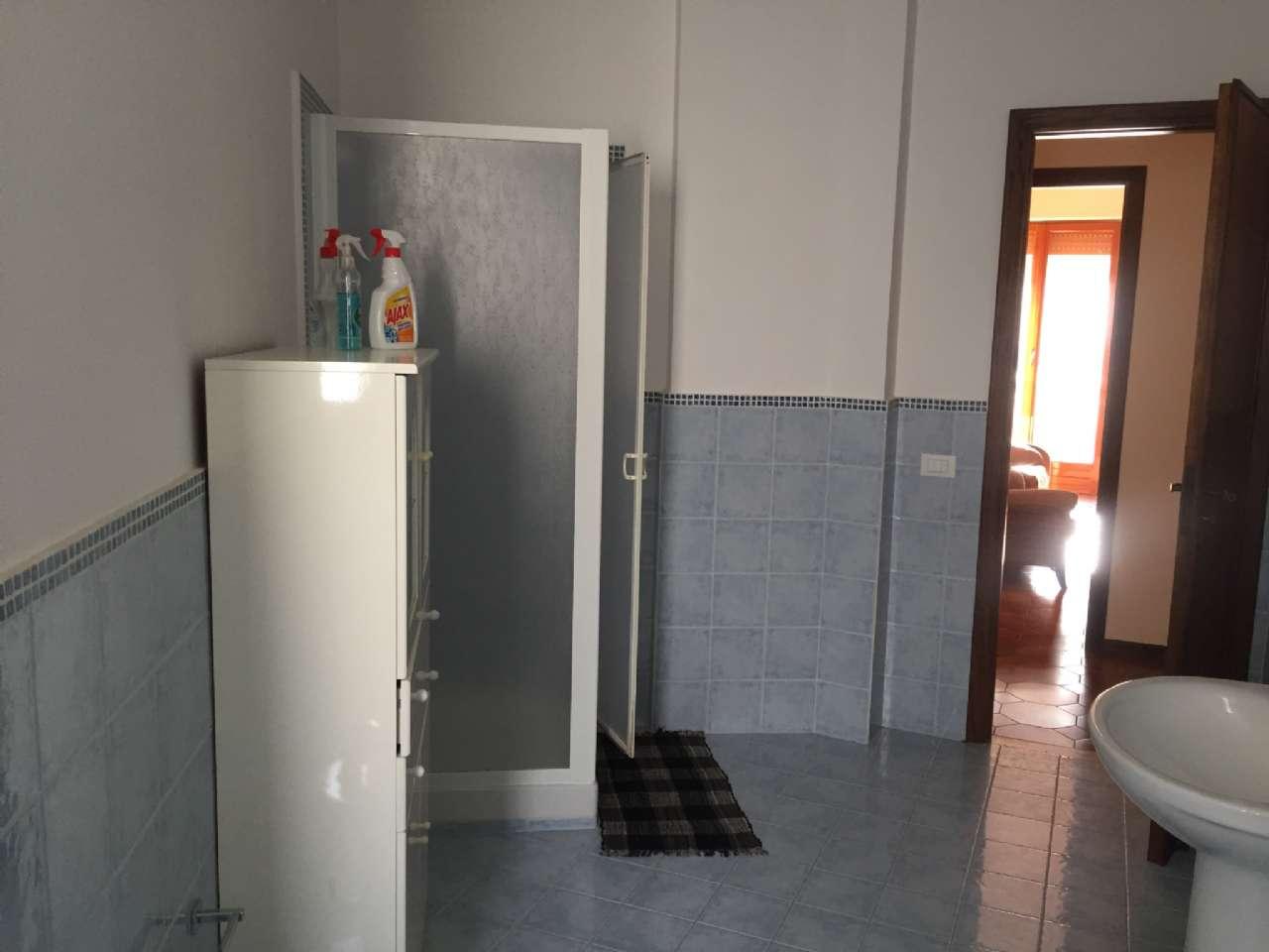 Quadrilocale, Via Ercole Bernabei, zona Malaspina, Palermo, foto 10