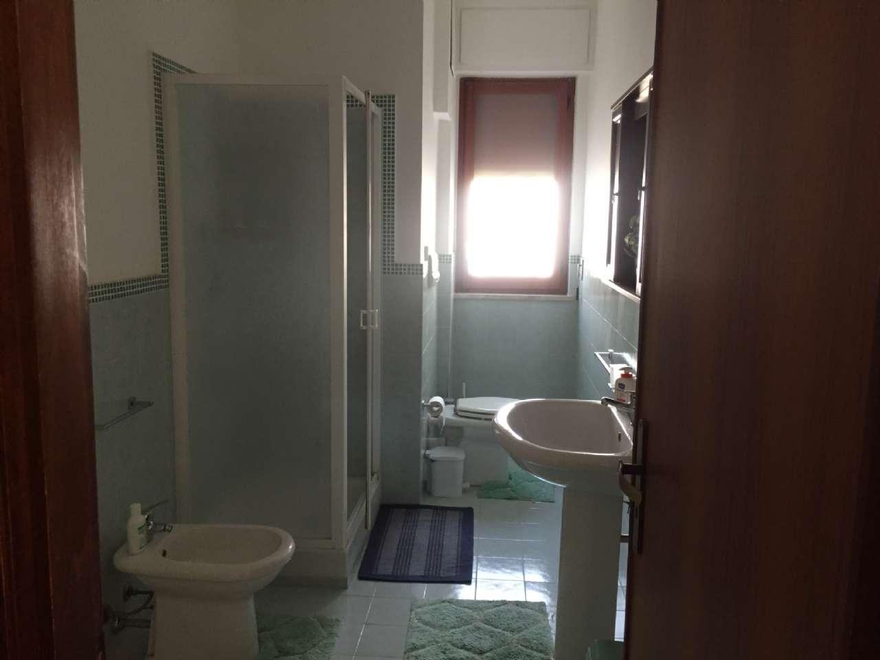 Quadrilocale, Via Ercole Bernabei, zona Malaspina, Palermo, foto 9