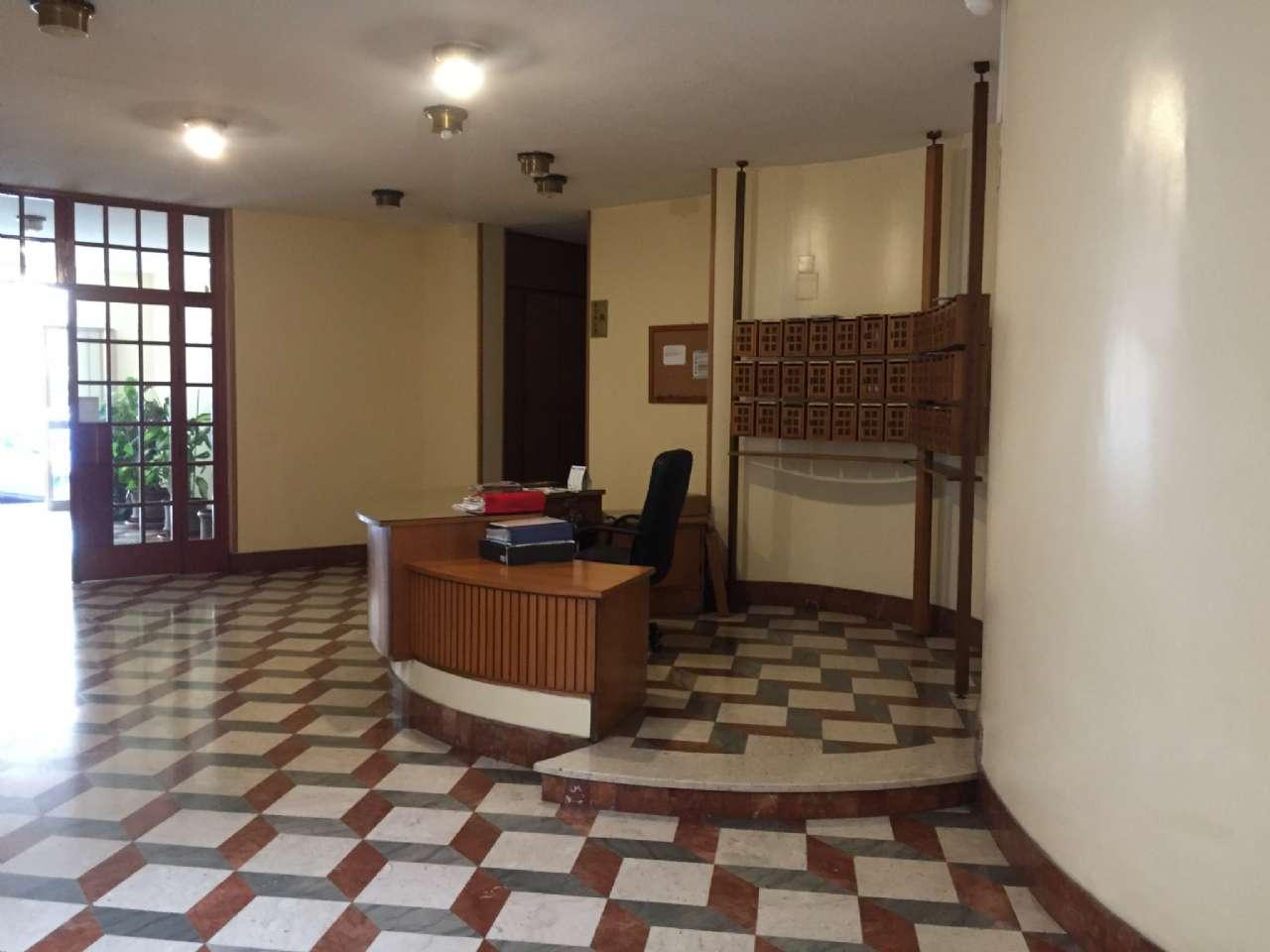 Quadrilocale, Via Ercole Bernabei, zona Malaspina, Palermo, foto 15