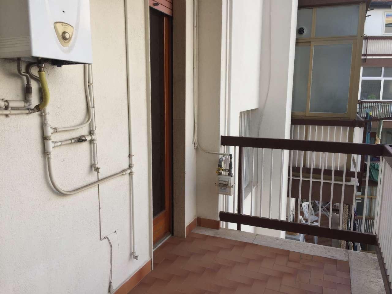 Quadrilocale, Via Ercole Bernabei, zona Malaspina, Palermo, foto 12