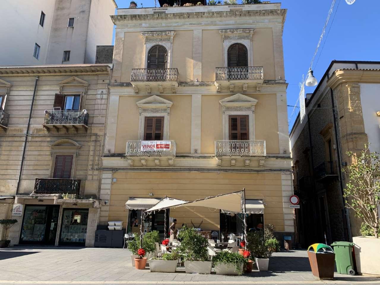 Appartamento nobiliare in palazzo storico, foto 0