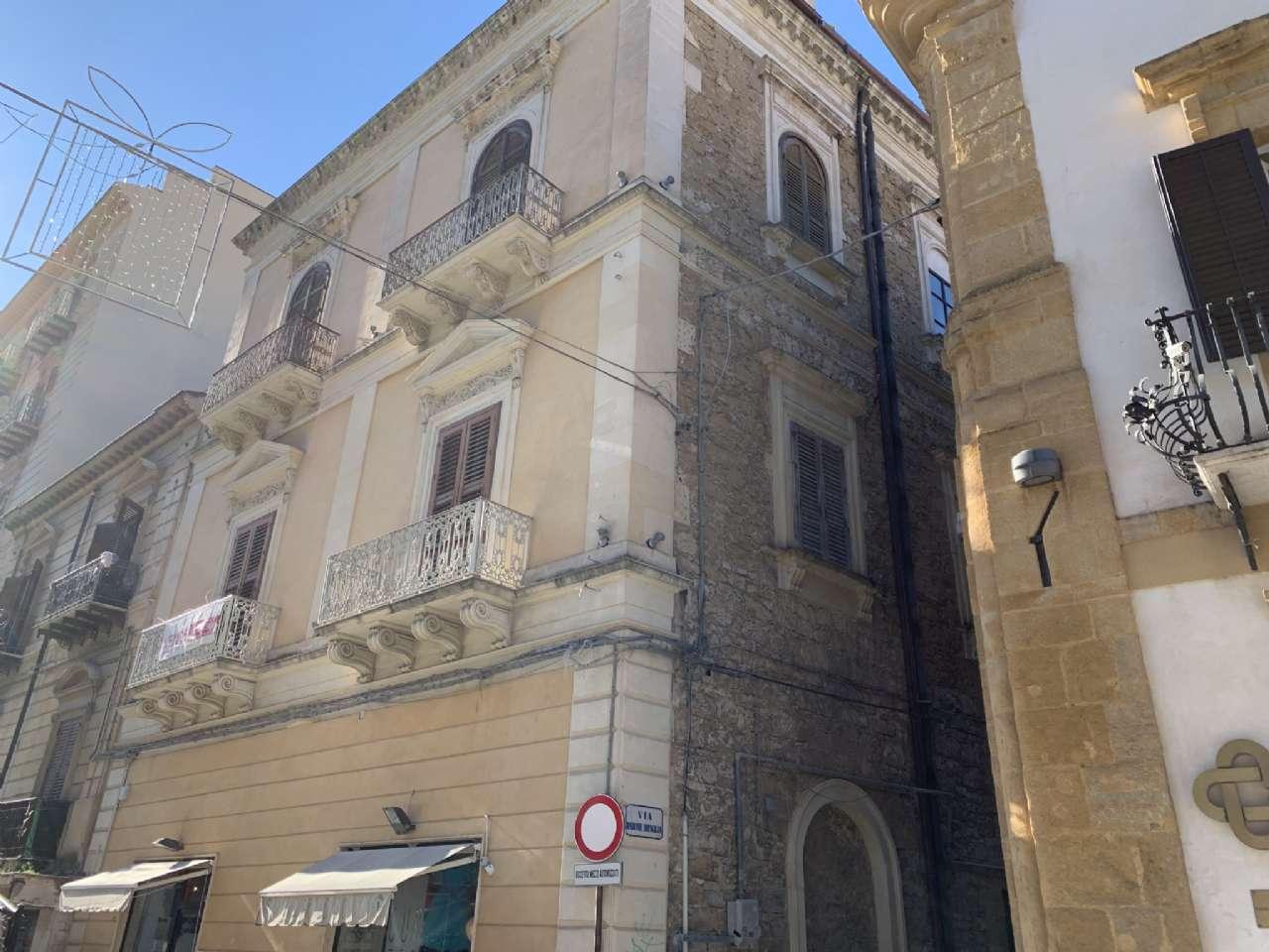 Appartamento nobiliare in palazzo storico, foto 17