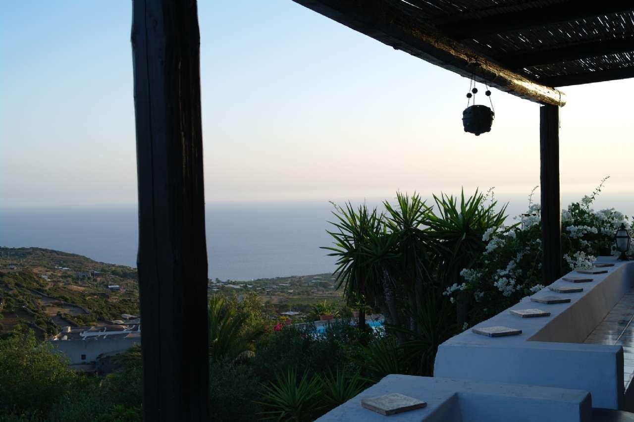 Pantelleria (TP) -Località Bonsulton - Dammusi con piscina, foto 0