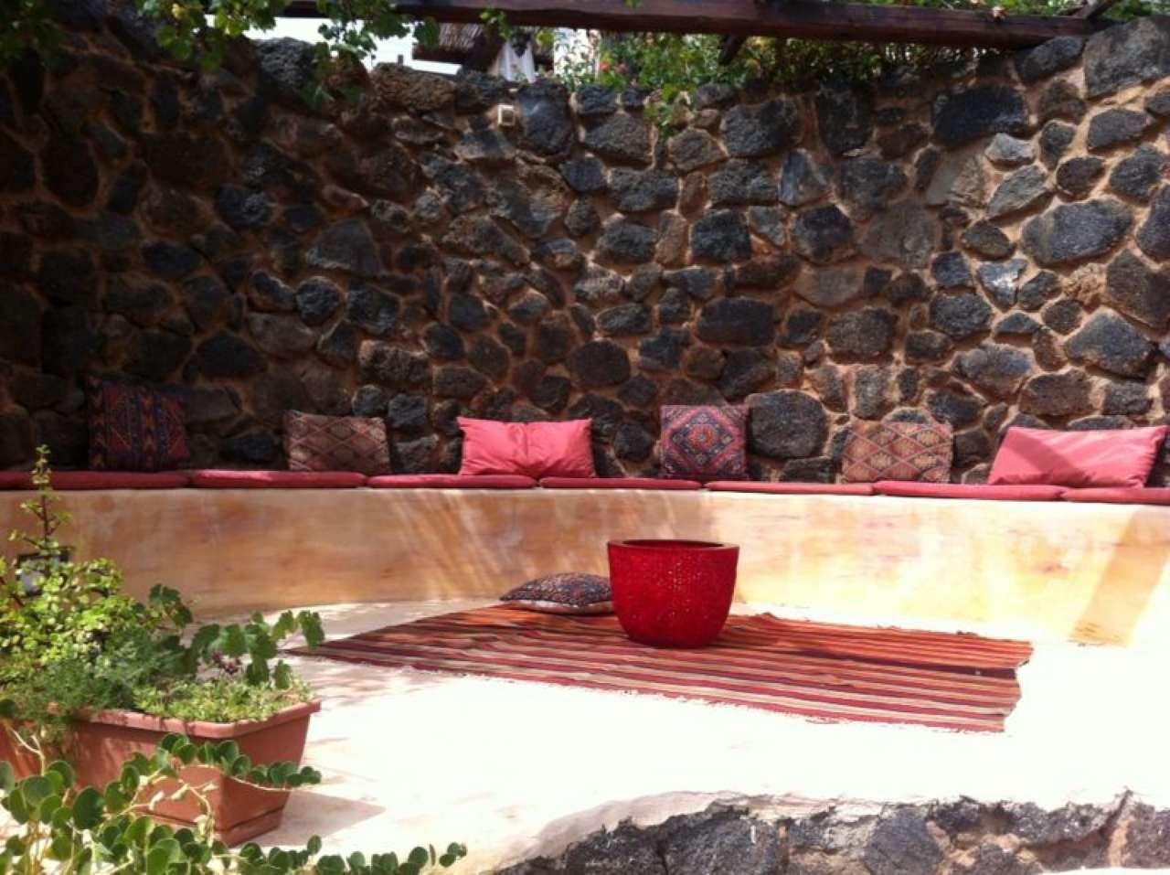 Pantelleria (TP) -Località Bonsulton - Dammusi con piscina, foto 11