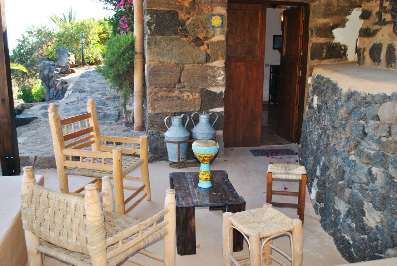 Pantelleria (TP) -Località Bonsulton - Dammusi con piscina, foto 12