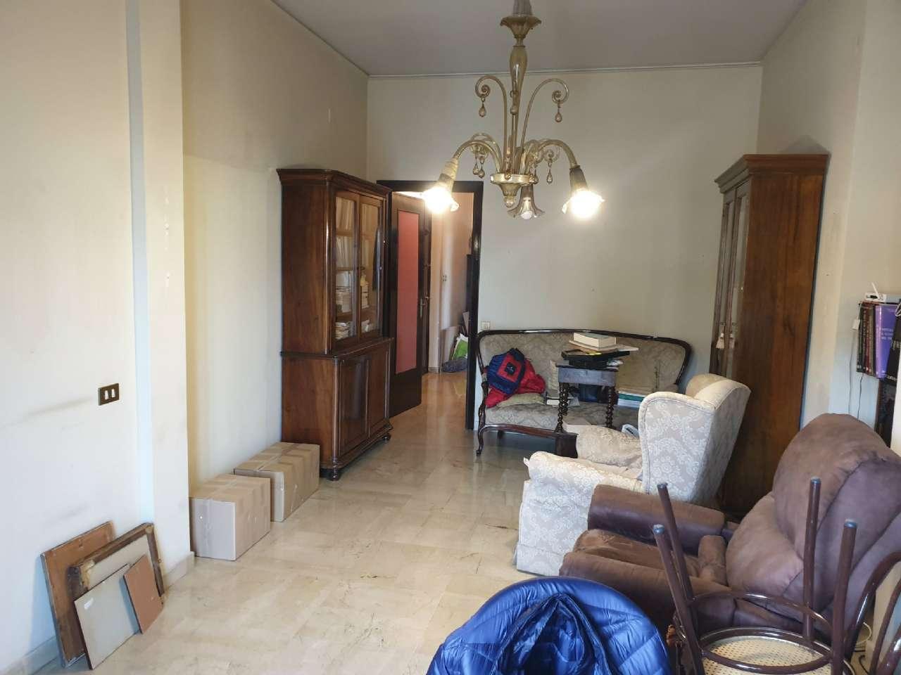 Palermo - Libertà - Ampio appartamento con terrazzo e due balconi, foto 12