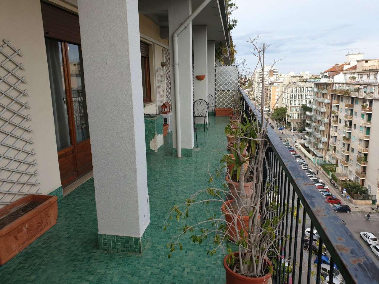 Palermo - Libertà - Ampio appartamento con terrazzo e due balconi, foto 17