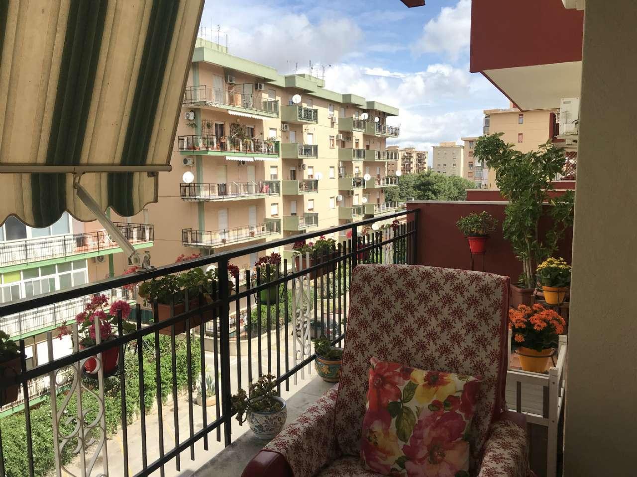 Michelangelo - Luminoso appartamento in residence con due ampi balconi e posto auto, foto 11