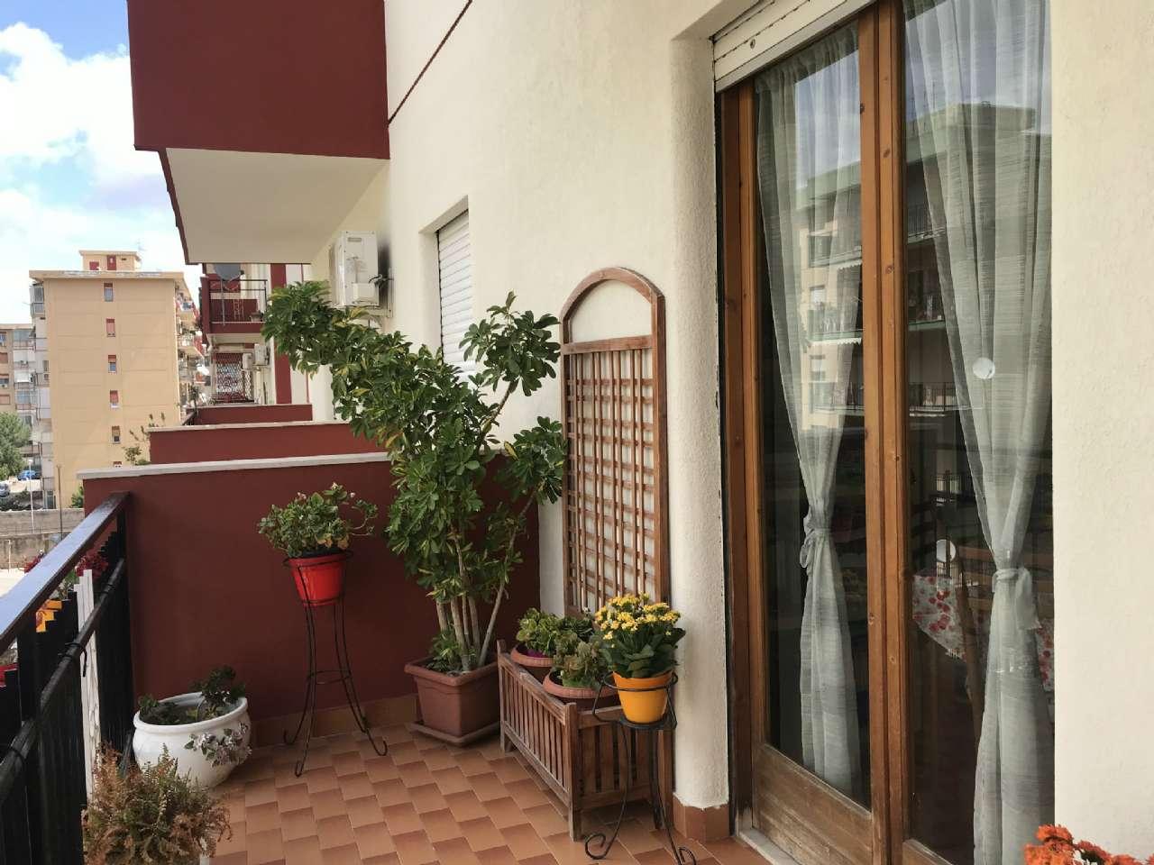 Michelangelo - Luminoso appartamento in residence con due ampi balconi e posto auto, foto 13