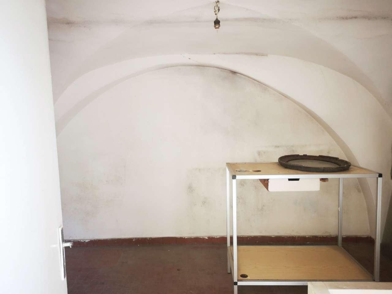 Mascalucia - Bottega commerciale 2 luci, foto 3