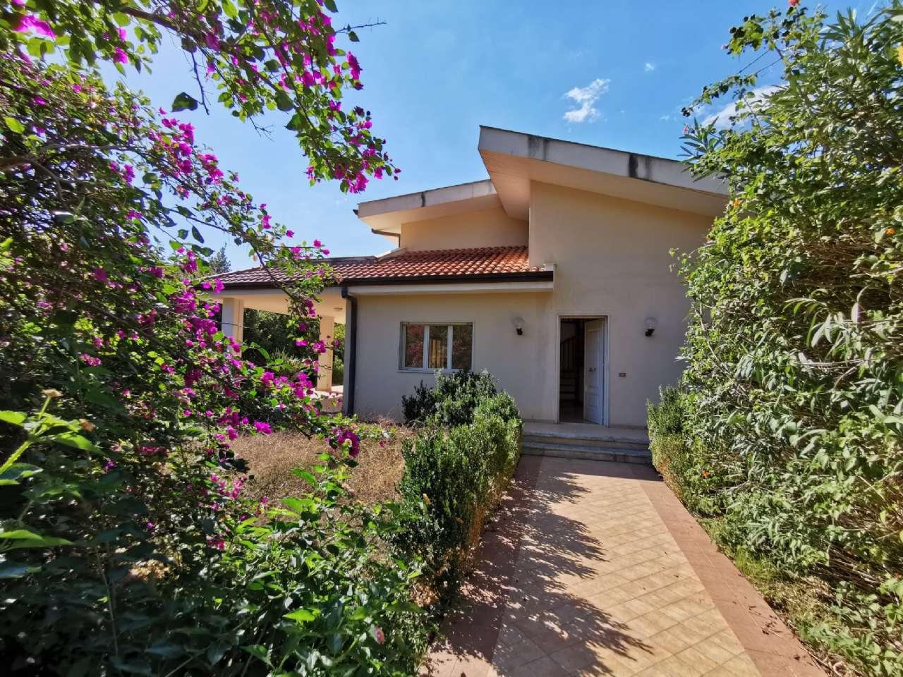 Villa singola, Via Basilea, Mondello, Palermo, foto 0
