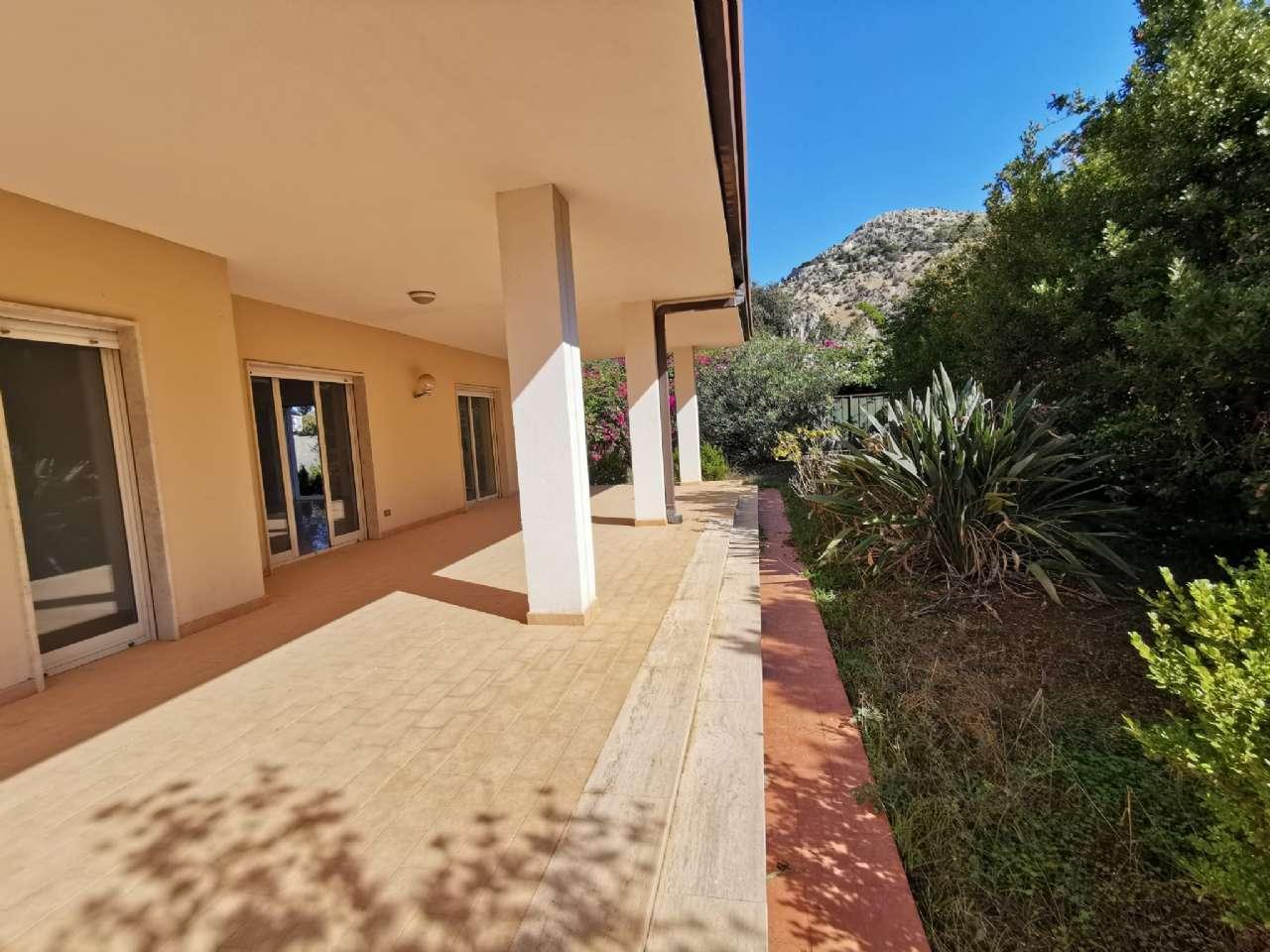 Villa singola, Via Basilea, Mondello, Palermo, foto 12