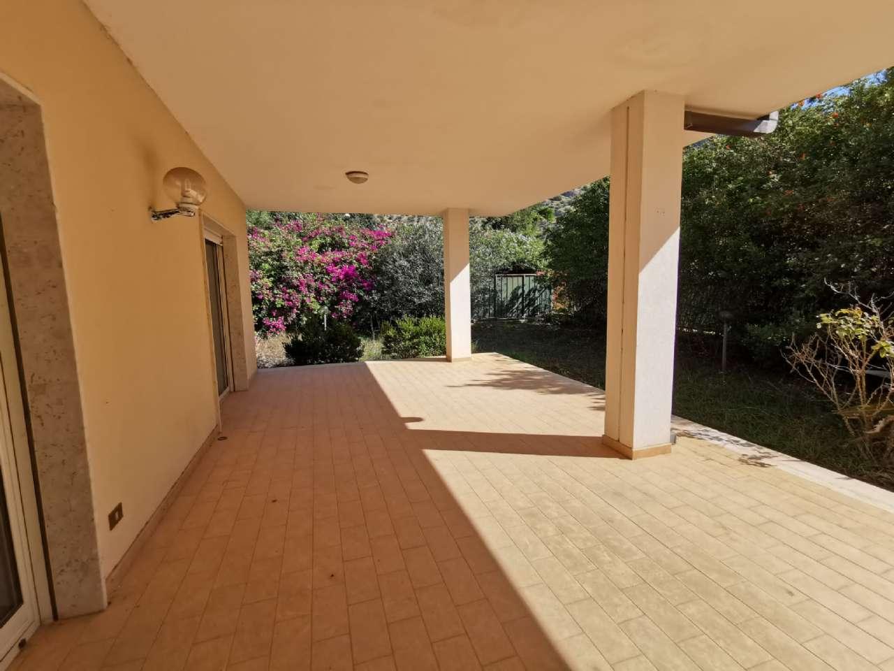 Villa singola, Via Basilea, Mondello, Palermo, foto 11