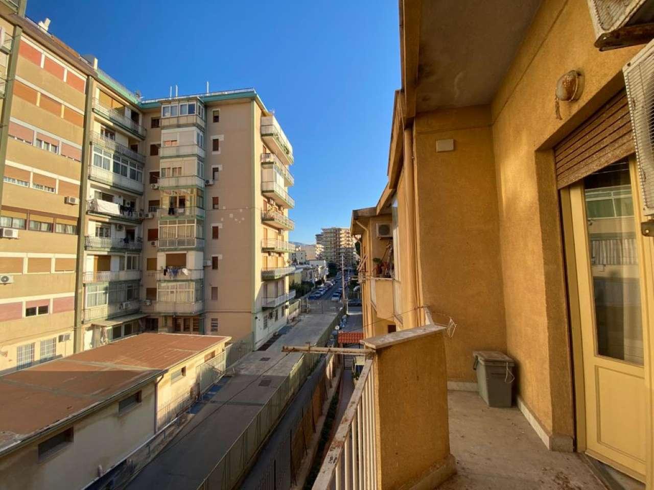 Quadrilocale, Via Angelo Callimaco, Quartiere Noce, Palermo, foto 11