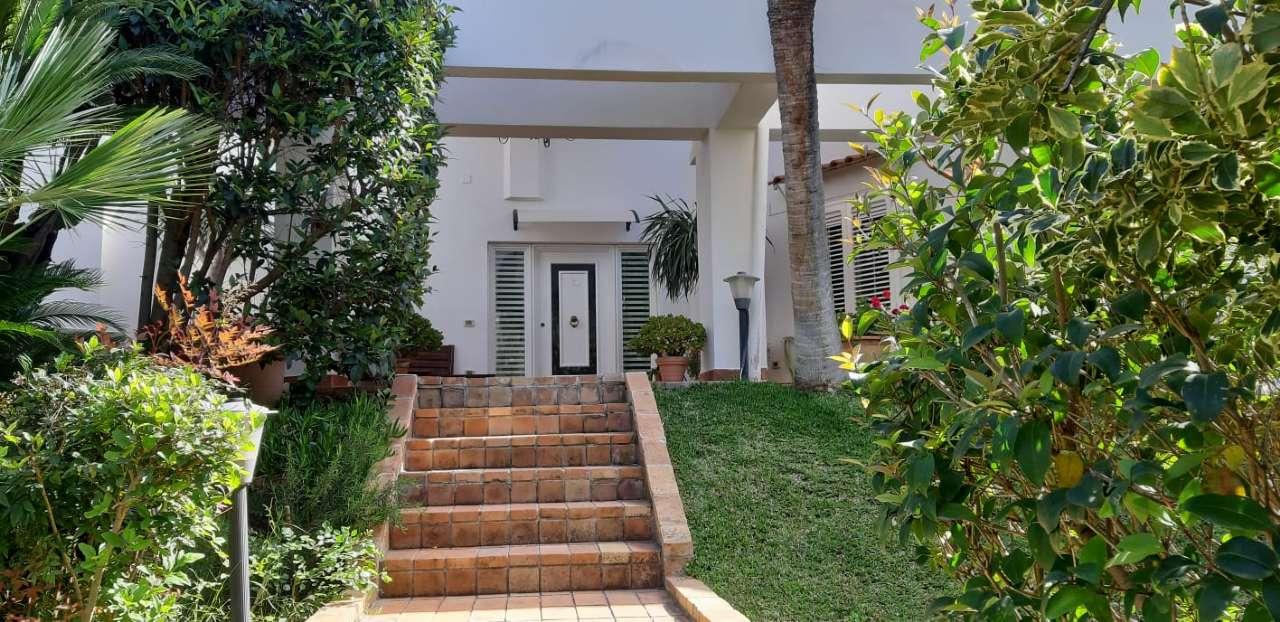 Villa, Viale Orfeo, Mondello, Palermo, foto 3