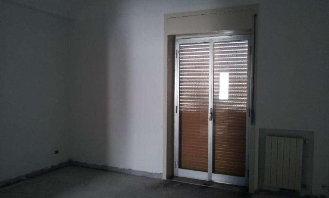 Arioso ed ampio appartamento con balcone, foto 6