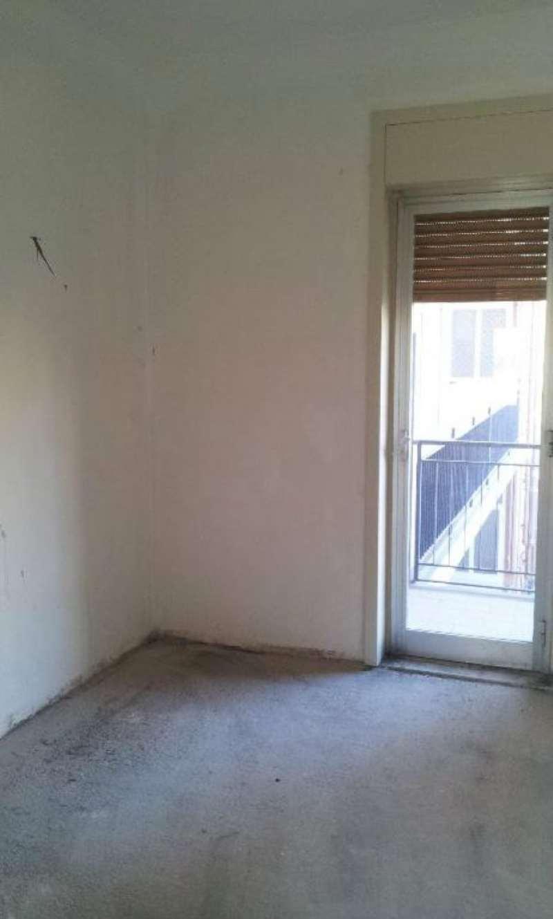 Arioso ed ampio appartamento con balcone, foto 1