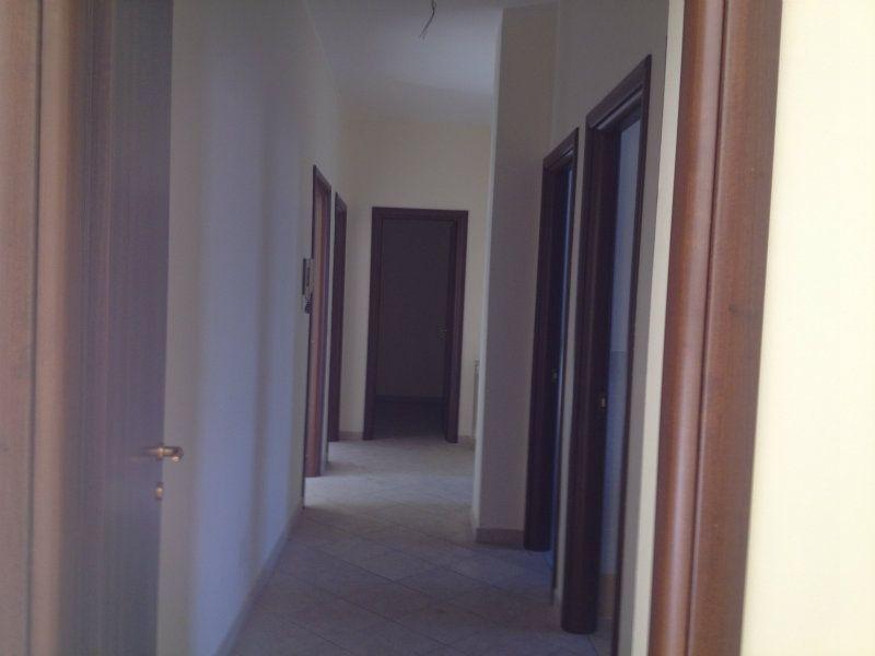 Nuovo complesso edilizio in zona semi centrale, foto 6