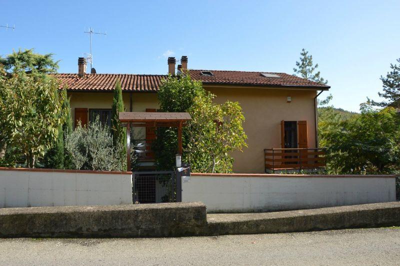 Villetta a schiera con giardino e doppio garage, foto 14