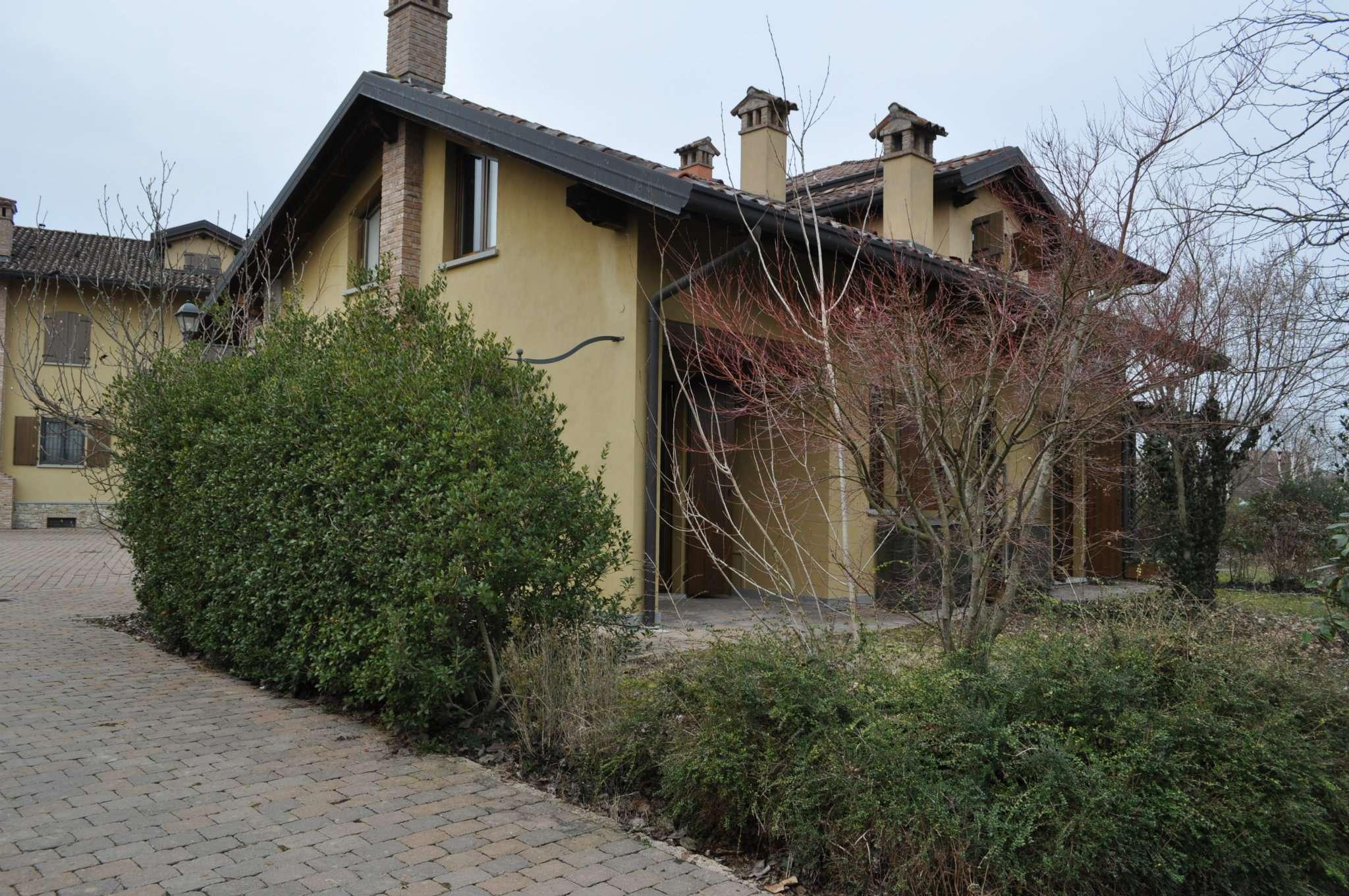 Bilocale con mansarda e giardino privato