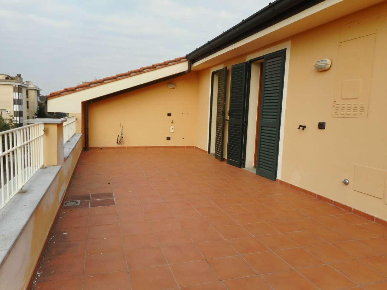 Bilocale mansardato con due ampie terrazze panoramiche