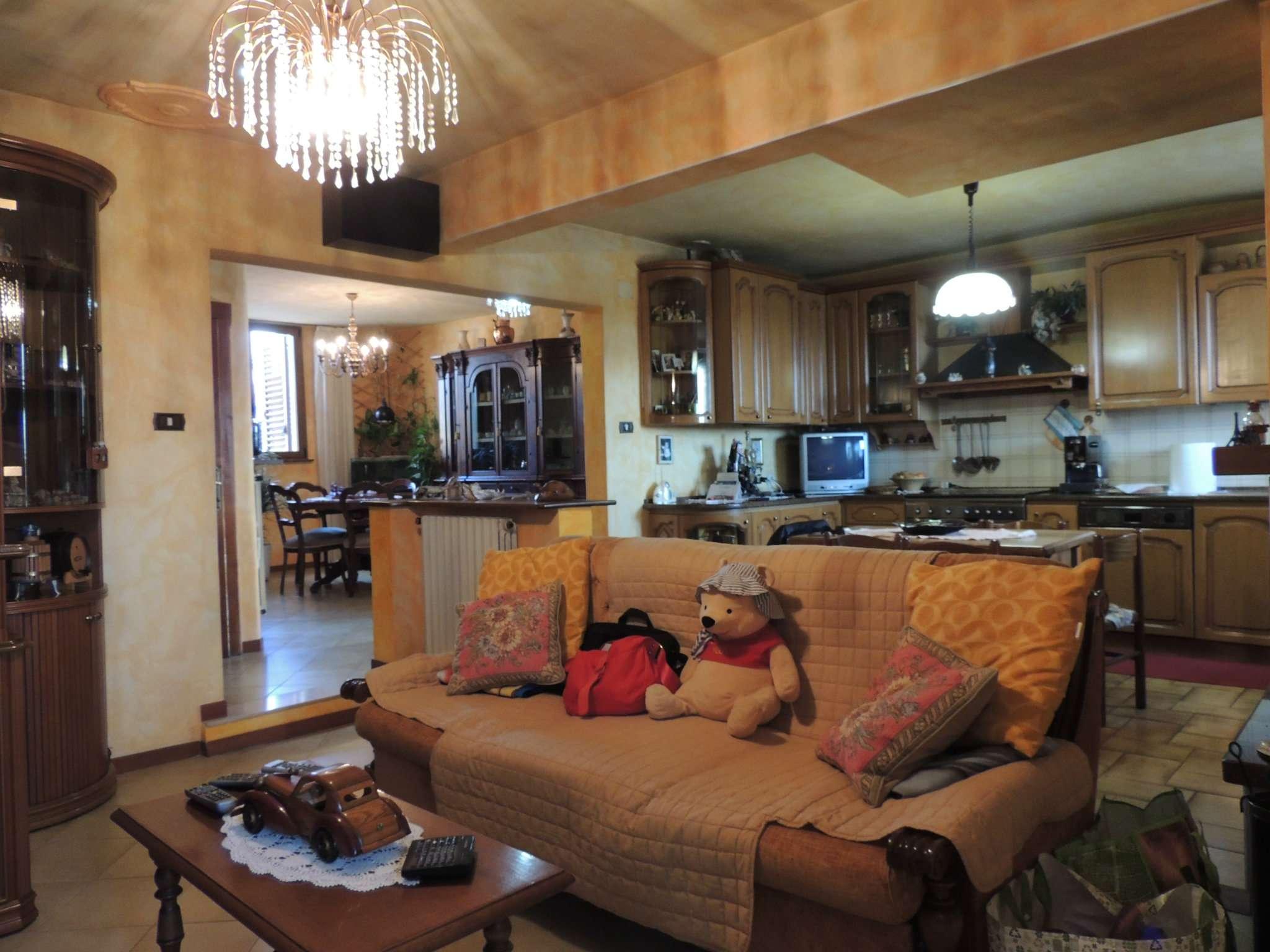 Appartamento ristrutturato in vendita Rif. 7603254