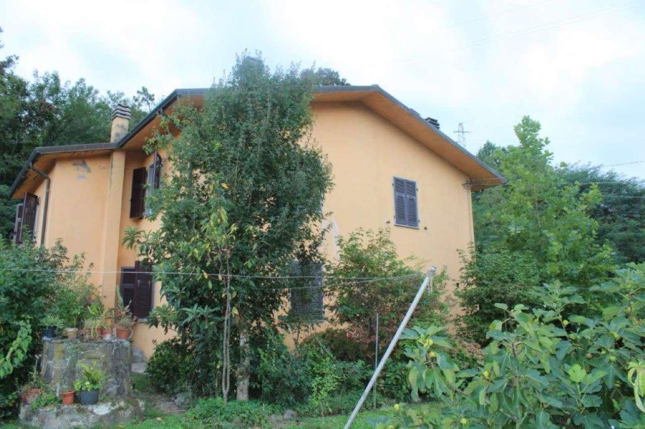 Casa Indipendente in buone condizioni parzialmente arredato in vendita Rif. 8888221