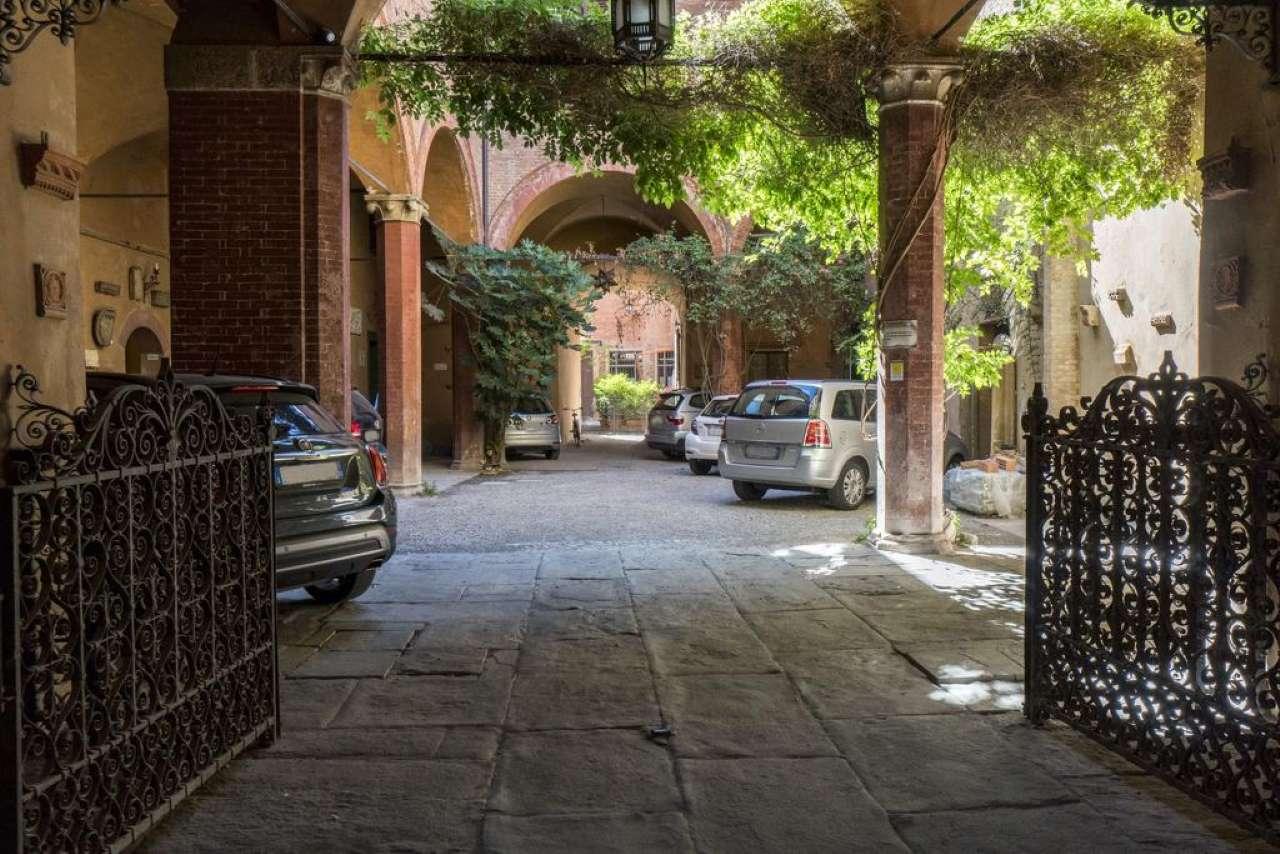 Appartamento, Via Cesare Battisti, Centro storico, Bologna, foto 9
