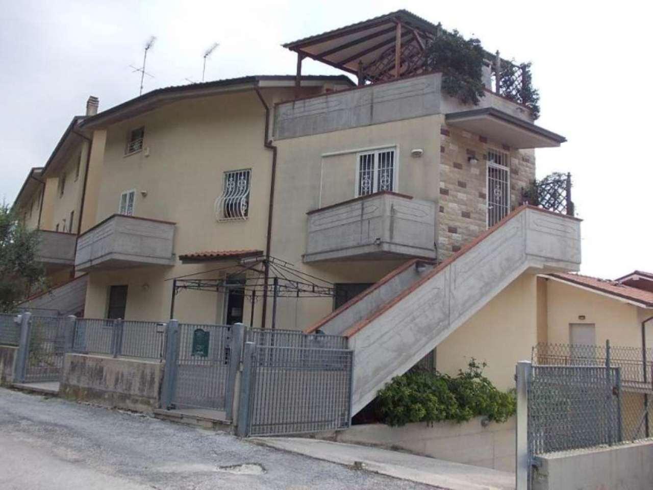 Appartamento quadrilocale in vendita a Fano (PU)