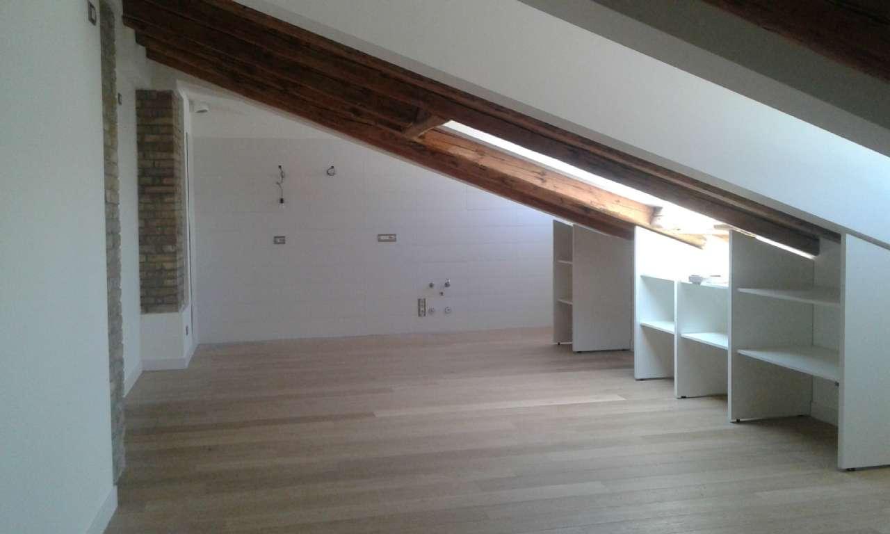 Sant'Antono Nuovo - Elegante appartamento in zona centrale, foto 3