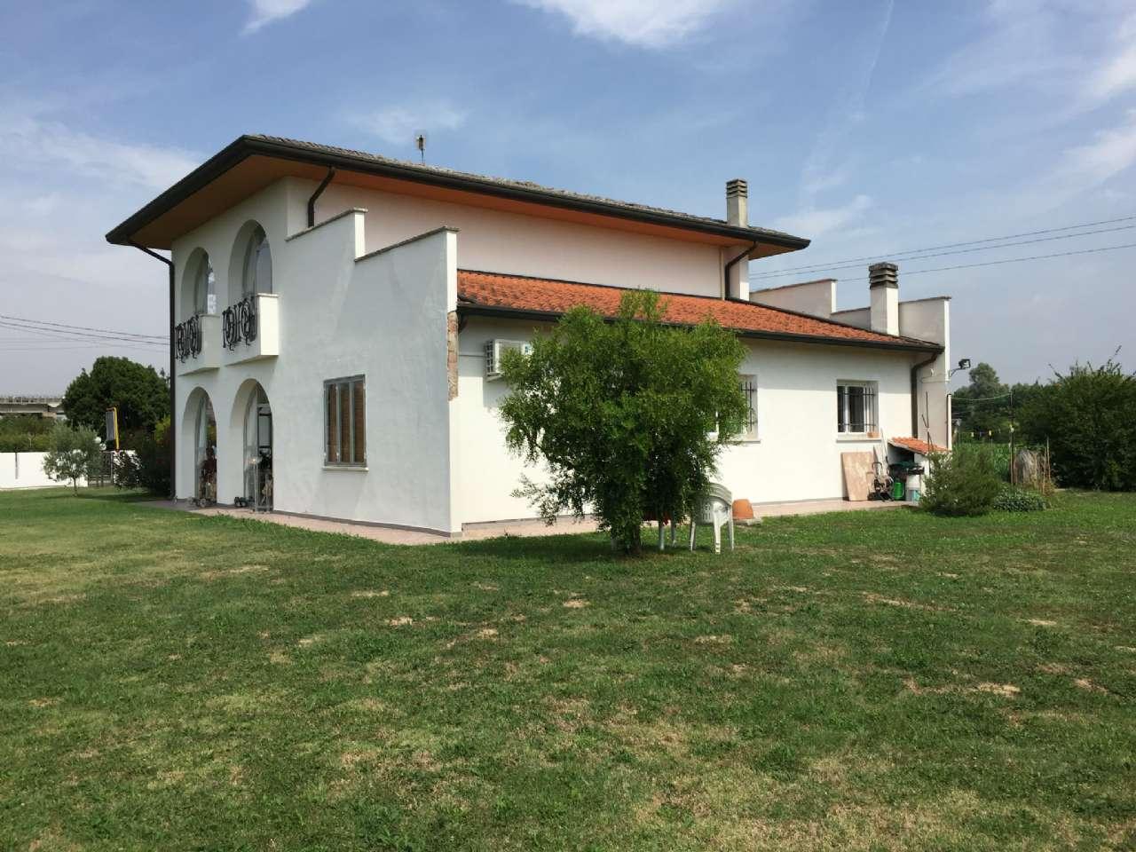 Casa indipendente con ampio scoperto di proprietà, foto 17