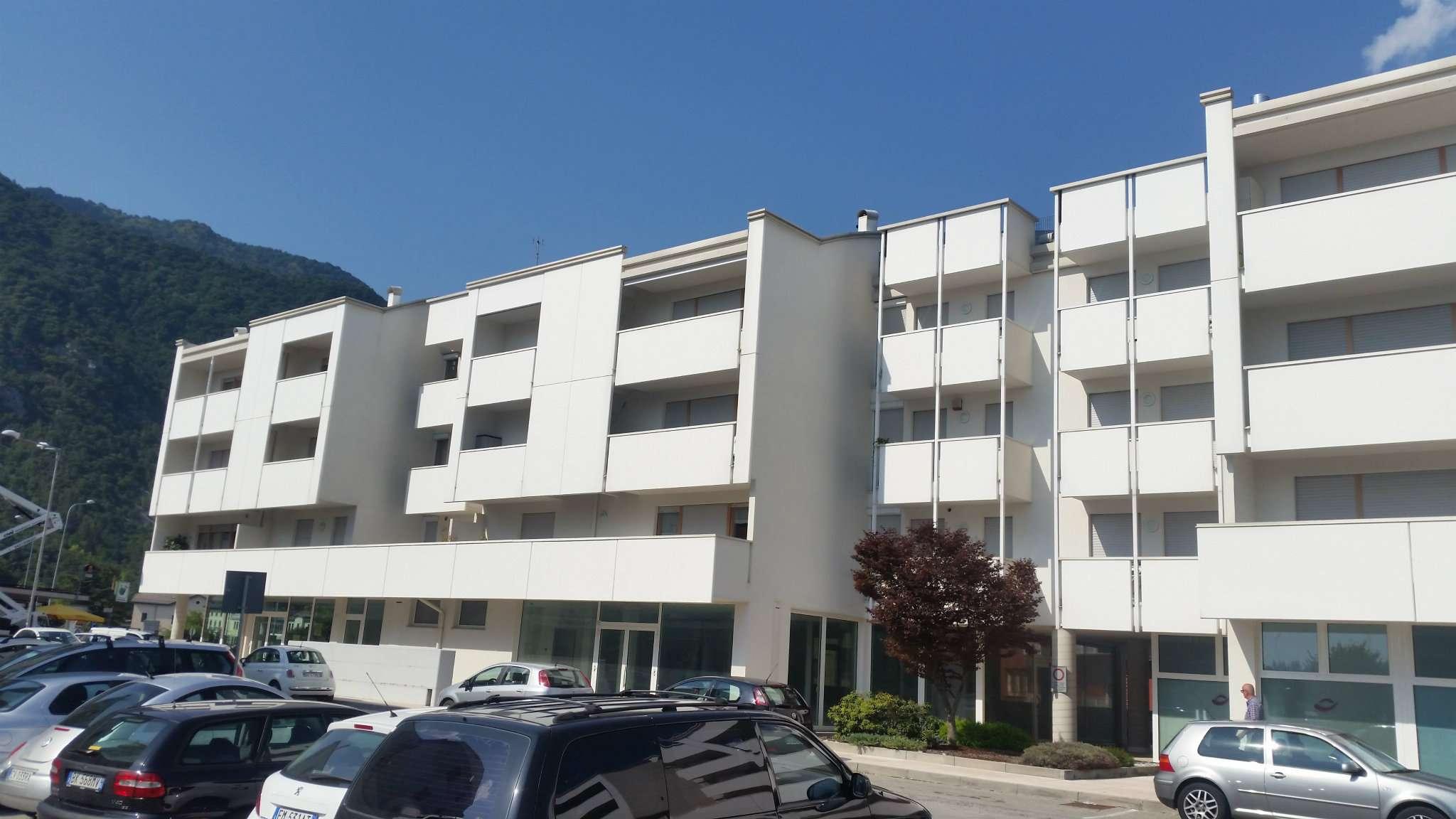 Appartamento in ottime condizioni in vendita Rif. 7497060