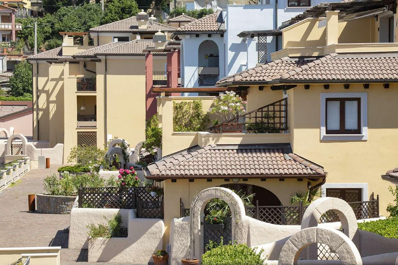 Appartamento arredato in vendita Rif. 8329614