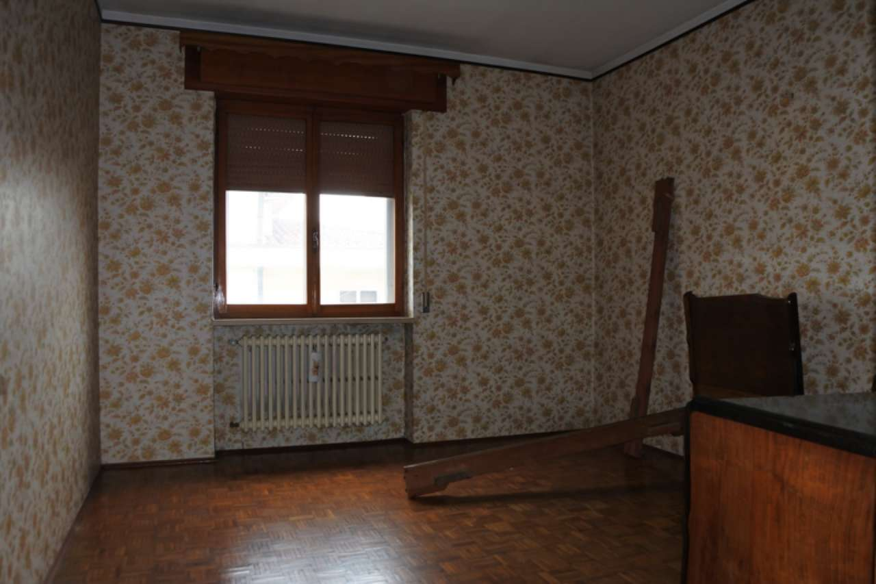 Casa singola su due piani fuori terra con terreno esclusivo, foto 8