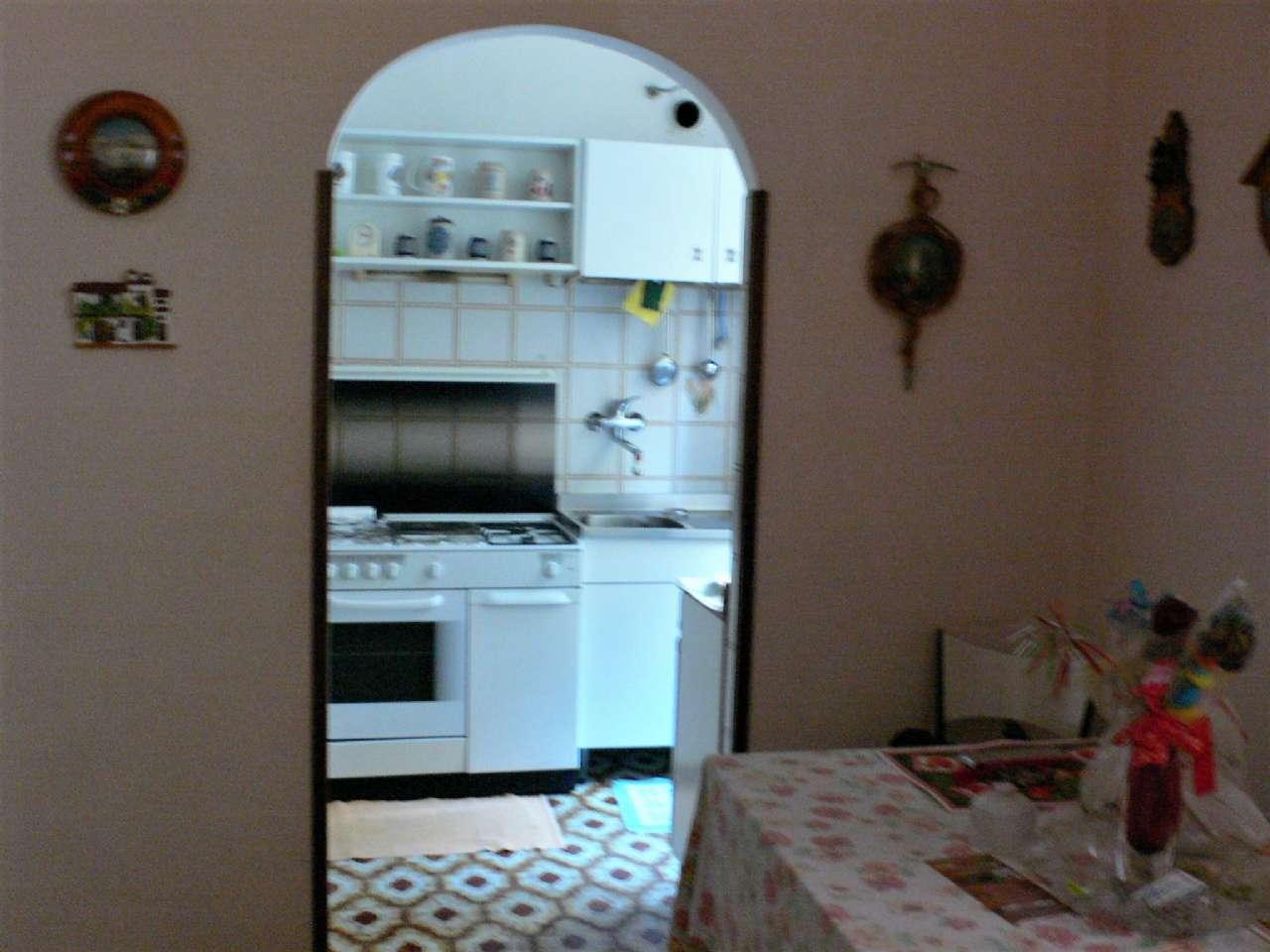 Ampio appartamento in villa con giardino vista golfo e cantina, foto 2
