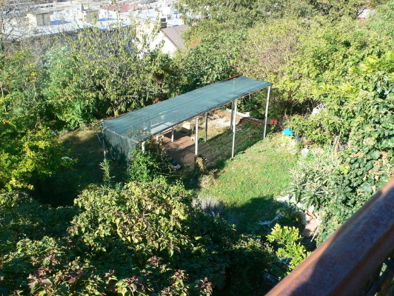 Ampio appartamento in villa con giardino vista golfo e cantina, foto 10