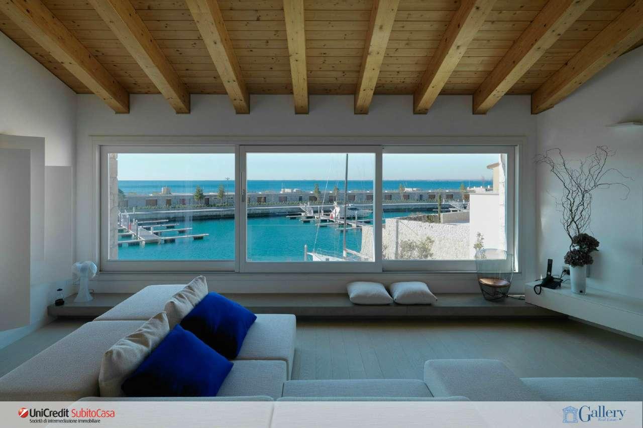 Appartamento open space di nuova costruzione con terrazza vista mare