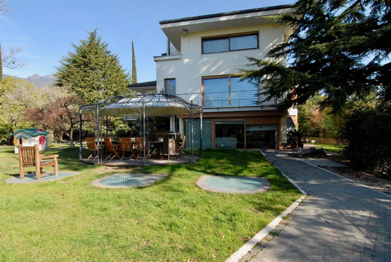 Villa esclusiva immersa nel verde con vista panoramica e parco, foto 16
