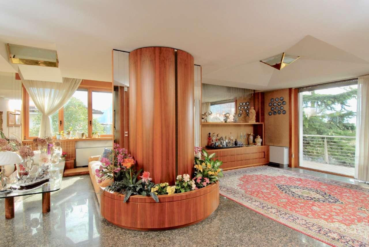 Villa esclusiva immersa nel verde con vista panoramica e parco, foto 7