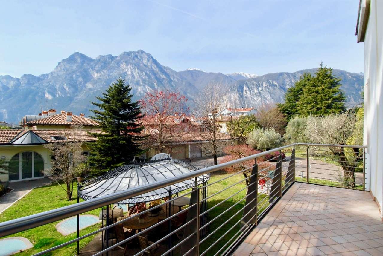 Villa esclusiva immersa nel verde con vista panoramica e parco, foto 8