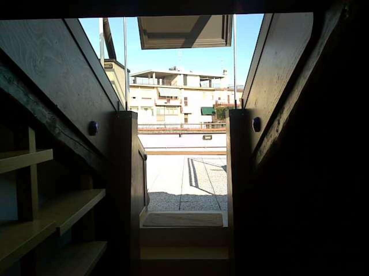 Mansarda con ingresso indipendente ed ampio terrazzo, foto 15