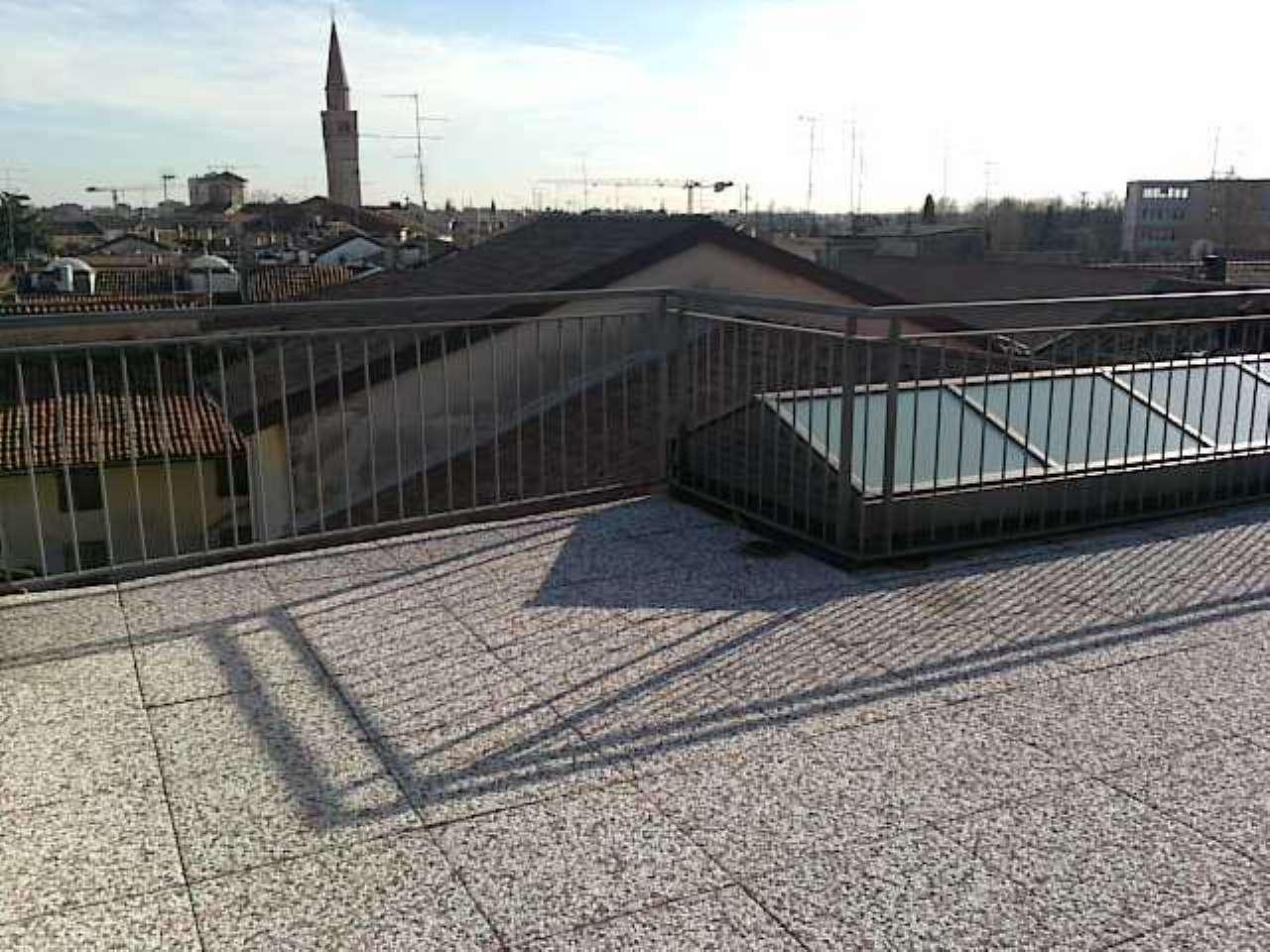Mansarda con ingresso indipendente ed ampio terrazzo, foto 16