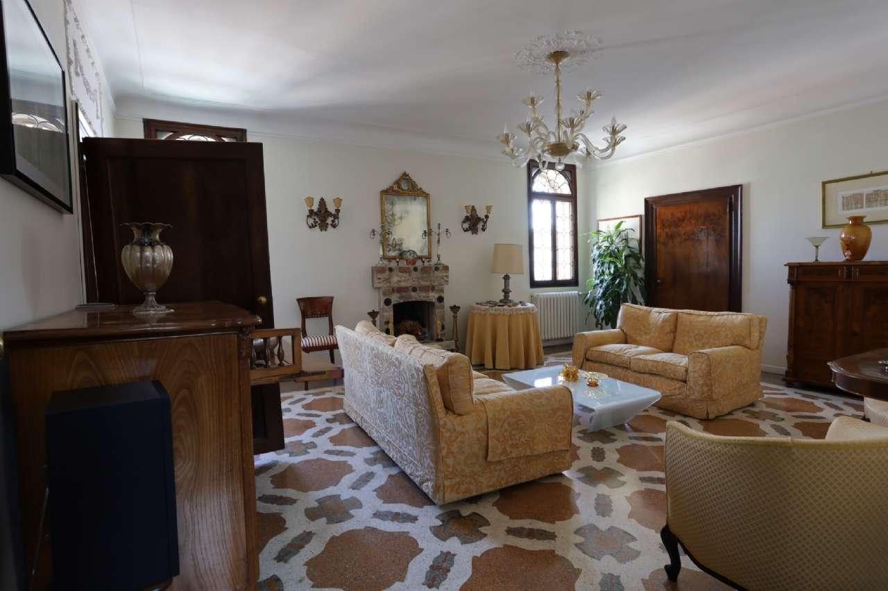 Appartamento, Calle del Mondo Novo, Castello-Campo Santa Maria Formosa, Venezia, foto 2