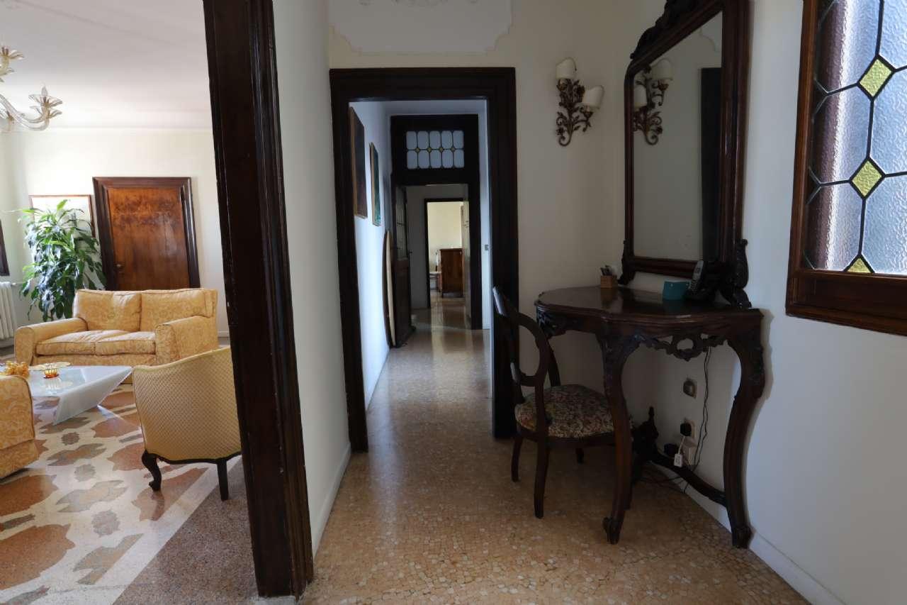 Appartamento, Calle del Mondo Novo, Castello-Campo Santa Maria Formosa, Venezia, foto 11