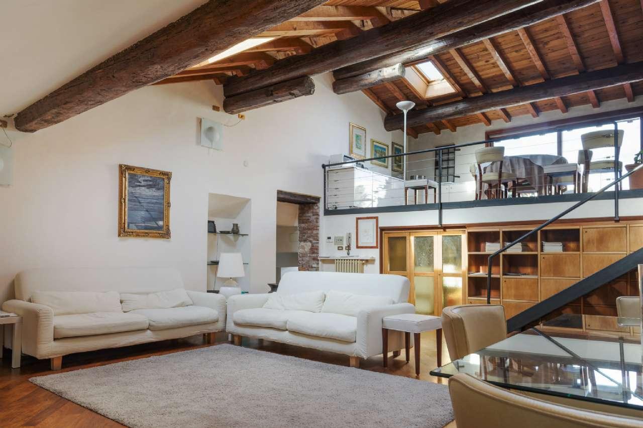 Cittadella - Luminoso, moderno e centralissimo attico terrazzato, foto 0