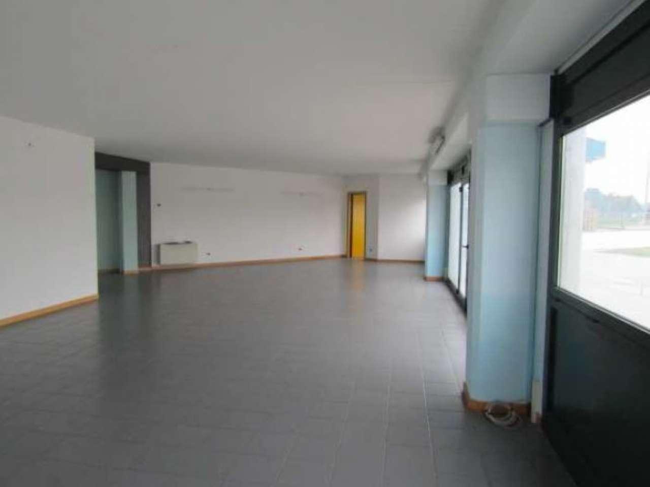 Ufficio su due piani con doppio servizio, foto 5
