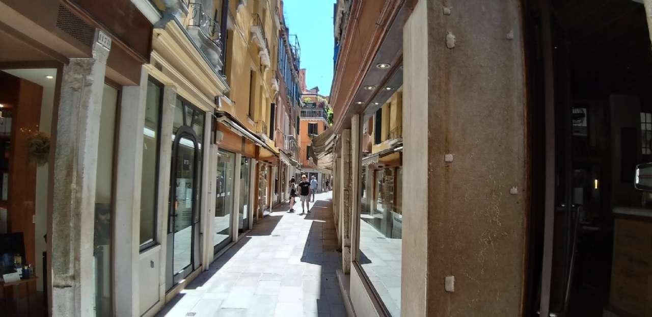 Frezzeria-San Marco - Negozio locato con buona rendita, foto 5