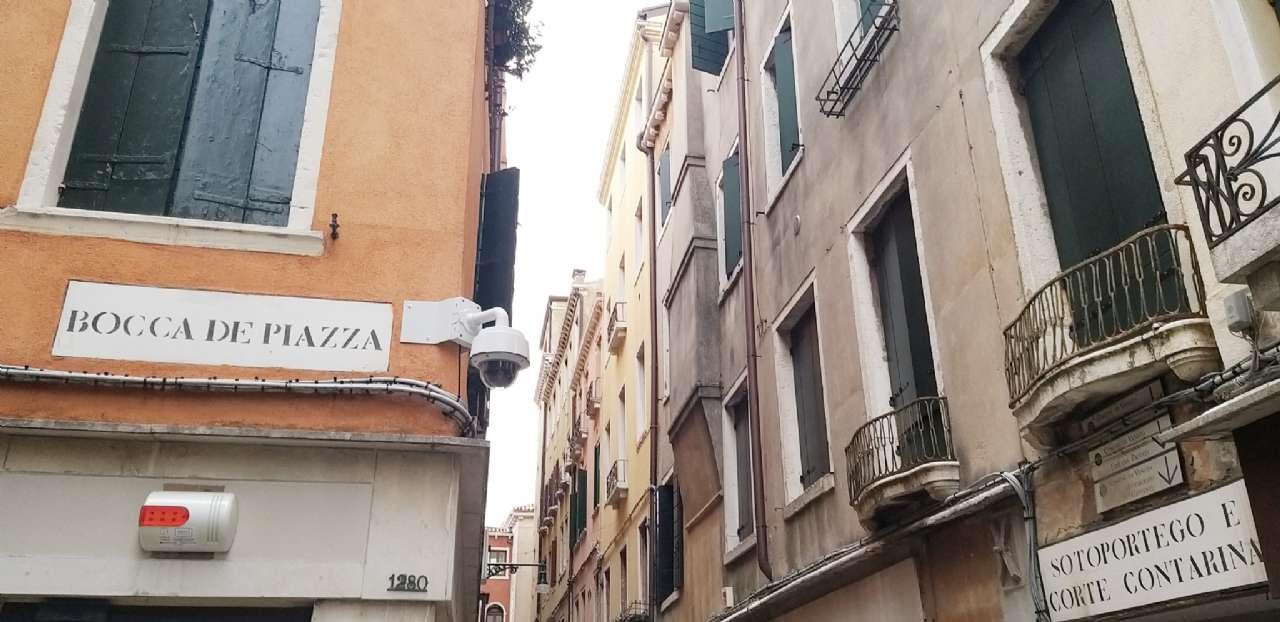 Frezzeria-San Marco - Negozio locato con buona rendita, foto 2