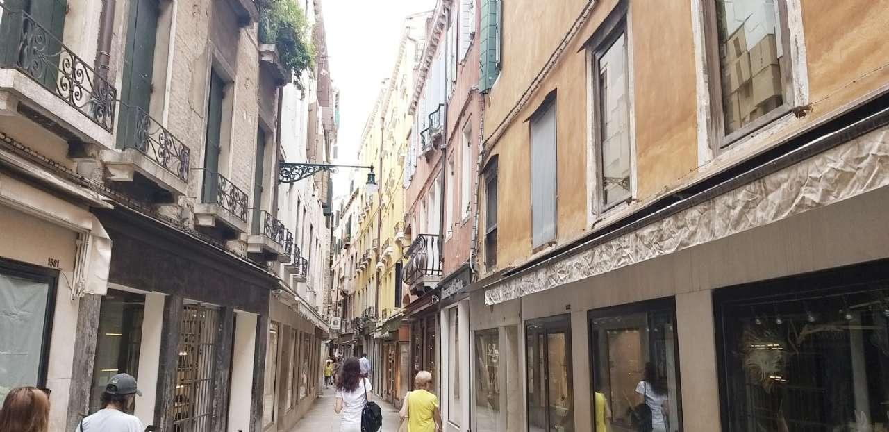 Frezzeria-San Marco - Negozio locato con buona rendita, foto 3