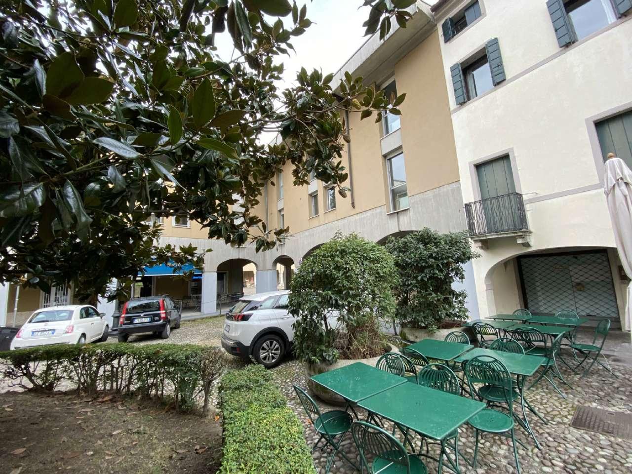 Quadrilocale, Piazza Petrarca, Zona Ponte Molino/Savonarola, Padova, foto 9